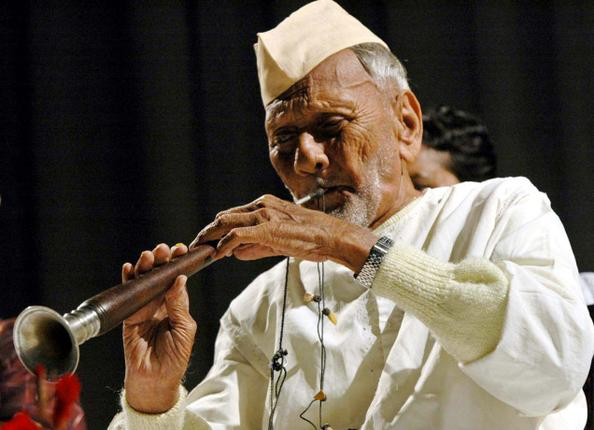 Ustad Bismillah Khan playing his shehnai. (Photo: The Hindu)