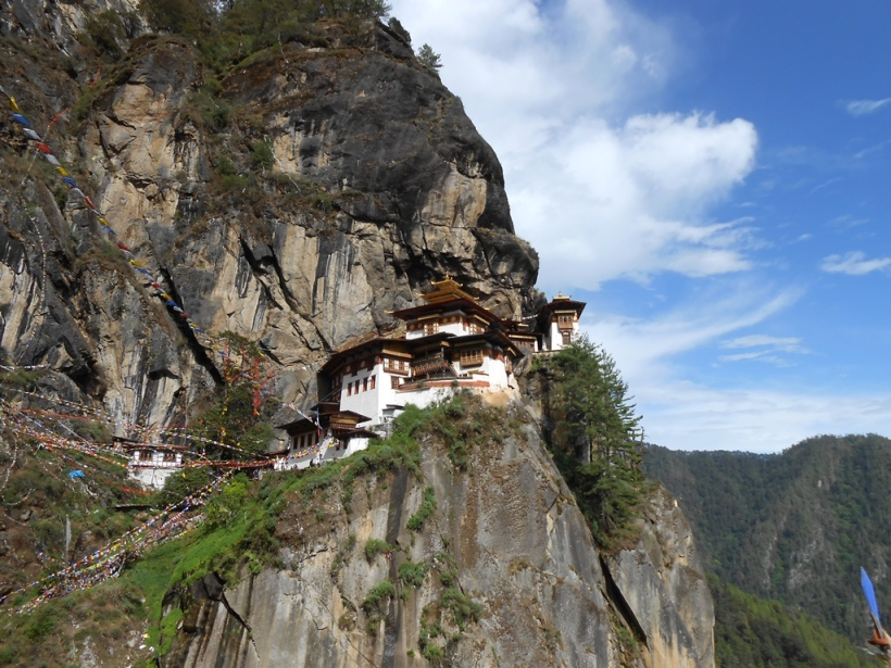 Also known as the Tiger's Nest, Taktsang Monastery is one of the most important Buddhist center in the Himalayas. It is a complex of several monasteries.