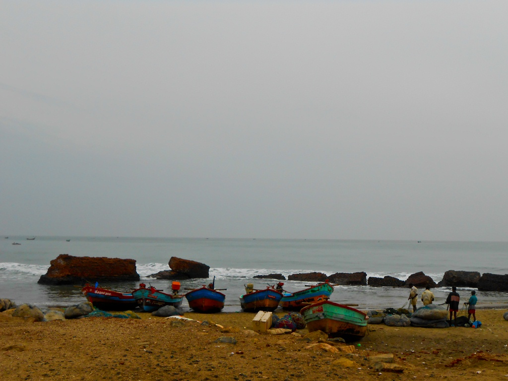 Fishermen at work on a Sunday morning, opposite to the fort. They inhabit the modern day Tarangambadi.