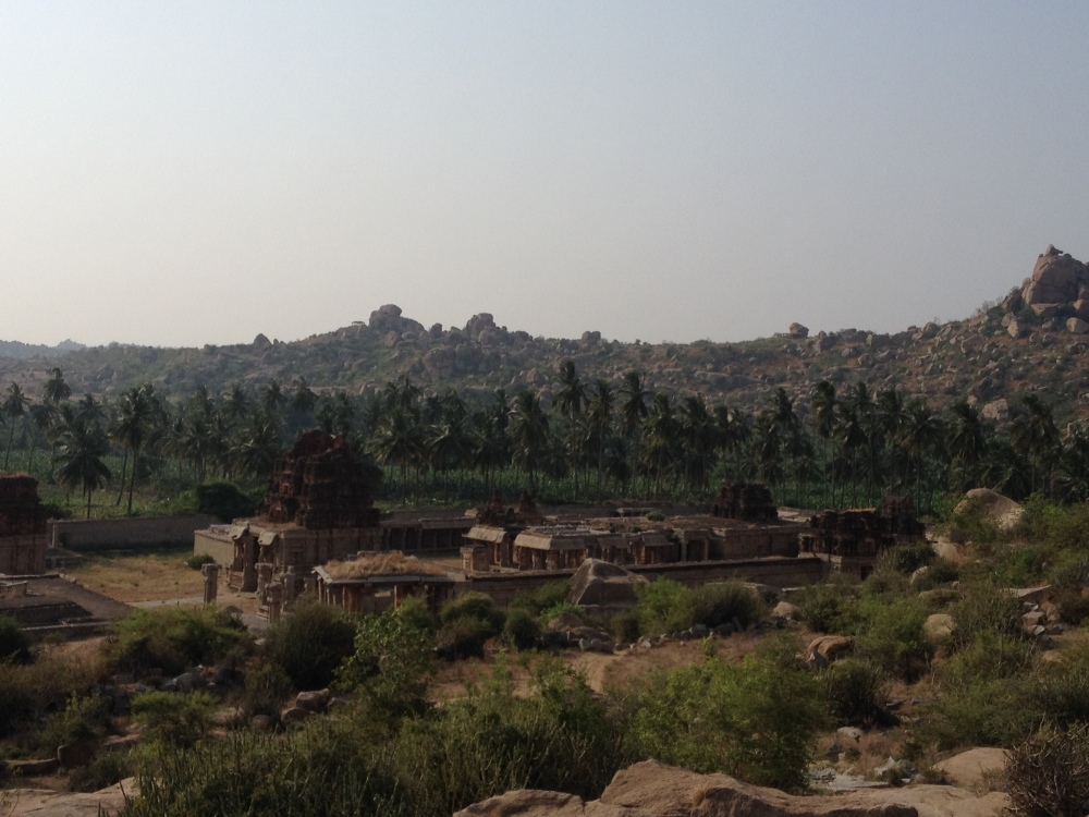 Hampi landscap. It brings alive the imagery of early Indian novels in English, with bend in the river, villages around it and the grand temple in town.